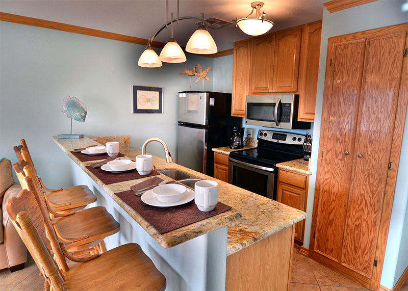 135 Kitchen With Counter Top Seating Galveston Tropical
